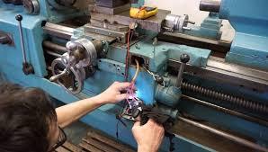 Механік з ремонту станків